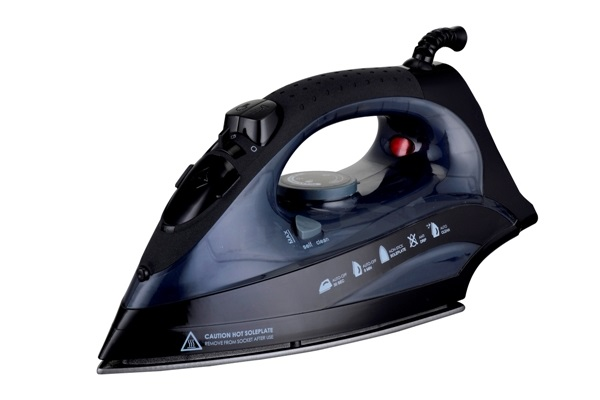 Steam iron for hotels - extra safe for hotel guests | B-TRAY Hotel Supplies