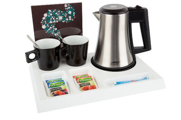 Hotel tray solid beech with eco-friendly hotel water kettle STAR B-TRAY SIGNUM